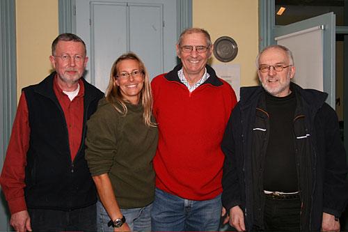 Kassenwart Holger Peters, Stellvert.Vorsitzende Kinka Tadsen, Schriftführer Bernhard Tadsen, erster Vorsitzender Jens Quedens