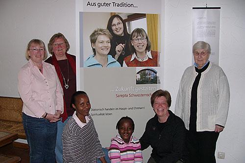 Anke Frickmann vorne rechts