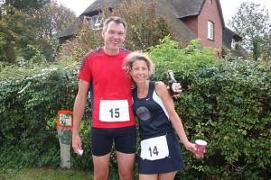 Glücklich im Ziel Siegerin (28,5 Km) Sabine Najjar und Carsten Levenhagen beide aus Berlin