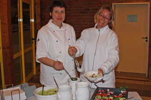 Diplom-Öcotrophologin Claudia Mößmer und Diana Mertke