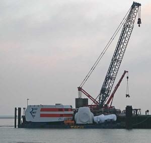 Lotsenpflicht für die Schifffahrtslinien entlang von Offshore-Windparks...?