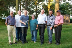 v.l. Hartmut Schwochow, Martin Pörksen, Lennard Langfeld, Doris Müller, Christian Johannsen, Volker Langfeld und Erk Tadsen