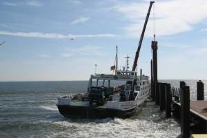 Der Kapitän der Insel Amrum musste das Schiff auf Position halten...