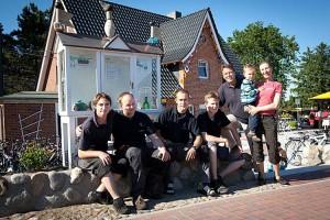Team Stefan`s Fahrradverleih, ganz rechts Dirk und Joanna Hansen