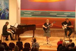 Maeve Kelly & Band