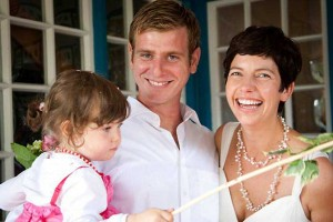 Katrinna Isemann mit ihrem Mann Lars und Tochter Paula