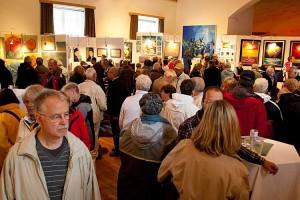 Große Vielfalt der 20 Künstlerinnen und Künstler...