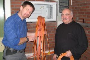 Jürgen Huber (li) und Michael Braun auch der Computerraum wurde neu eingebunden