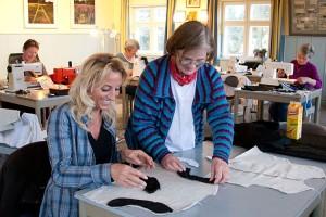Catharina Staupe(re) mit einer Kursteilnehmerin