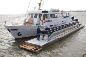 Wassertransport von Steenodde zum Seezeichenhafen