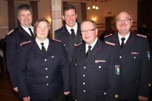 v.li. Kreiswehrführer Christian Albrecht, Petra Müller, Hauke Brett, Joachim Christiansen, Klaus-Peter Ottens