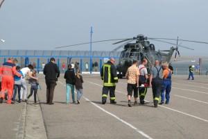 Acht Kinder und ein Lehrer wurden ausgeflogen...