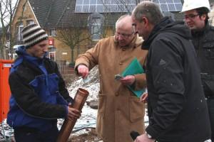 Gute Gaben -  Bürgermeister Koßmann spendiert noch fünf Euro...