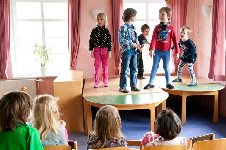 Kindergarten ohne spielzeug geht das kt