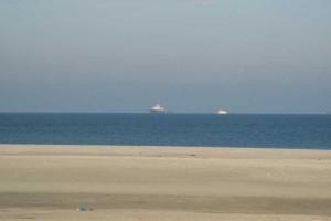 Die Nordic auf Reede vor Norderney...