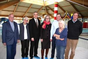 Minister Breitner und Dr. Gitta Trauernicht mit SPD Ortsverein...