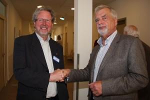 Verwaltungsdirektor Georg Robin Morrison und Prof. Dr. Dieter Kiosz