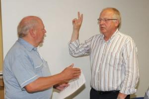Alter und gleichzeitig neuer Bürgermeister Peter Kossmann (re)