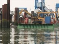 Speziell Mitschiffs gab es Sandablagerungen...
