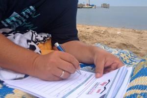 Auch am Strand wurden Unterschriften gesammelt, machen Sie mit!