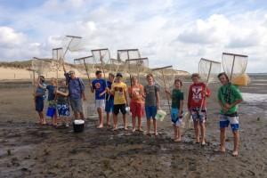 Krabbenfang mit eigens gebauten Geräten