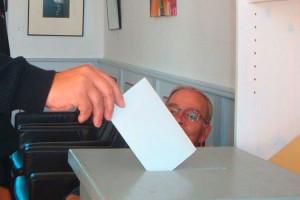 Stimmenabgabe auf der Insel...