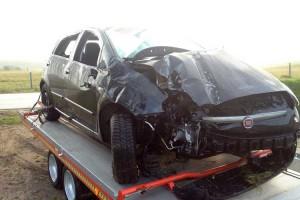 Ein Wunder, dass der Fahrer fast unverletzt aus diesem Wagen aussteigen konnte...