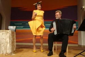 Dorit Meyer und der Knopfakkordeon-Virtuose Juri Kandelja