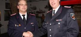 li. BM Dirk Hinrichs wurde wiedergewählt, Knauer gratuliert...