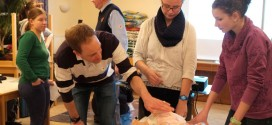 Wolfgang Schulte (hinten) und Kinderfacharzt Malte Harjes (vorne)