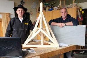 """Mario Bruns und Holger """"Fliese"""" stellten die Ausbildungsmöglichkeiten in ihren Firmen vor..."""