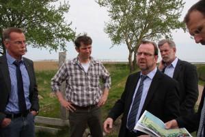 Dietmar Wienholdt erörtert BM Bernd Dell-Missier die Gesichtspunkte des öffentlichen Eingreifens