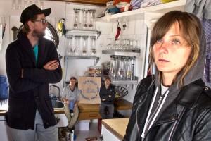 Auch ein kleines Kunstwerk..Foto von Philipp Ricklefs: Janine Eggert und Philipp Ricklefs, klein im Hintergrund Kalle Wruck und Nils Randow