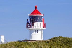 ...erstrahlt der Turm wieder in makellosem weiß und rot!(Foto: Fabian Ploppa)