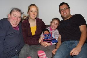 Familie Zimmermann mit Hebamme
