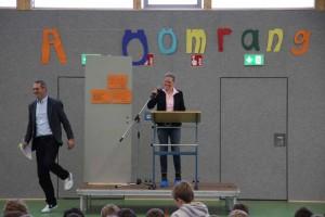 Eleganter Abgang... Schulleiter Jörn Tadsen, Schulrätin Maike Rennert