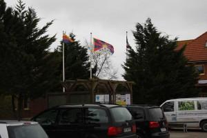 Solidarisch mit dem Hissen der tibetischen Flagge