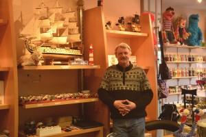 Wolfgang Handke in seinem neuen Laden