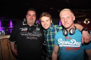 Jan Opperman (Mi) mit seinen DJs Oliver Heckel und Marten Meinerts