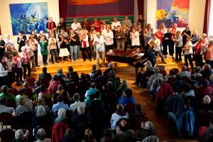 In Aktion, Gospel heisst mit dem ganzen Körper singen