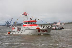 Ernst Meier-Hedde mit Tochterboot Lotte