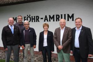 Landrat Dieter Harrsen (li) besucht Amrum und trifft sich mit Vertretern aus Politik und Tourismus