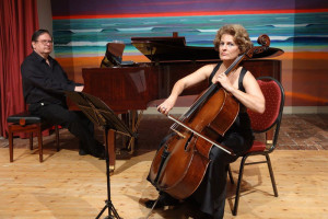 Sabine Angela Lauer (Cello) und Martin Schumann (Flügel)