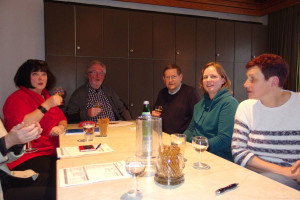 Gabriele Theis, Mathias Theis, Joachim Libner und Viola Mau mit der früheren Vorsitzenden Claudia Mößmer (von links nach rechts)