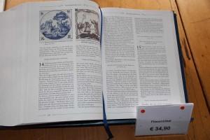 Die dicke Fliesenbibel gibt's auch im Buchhandel...
