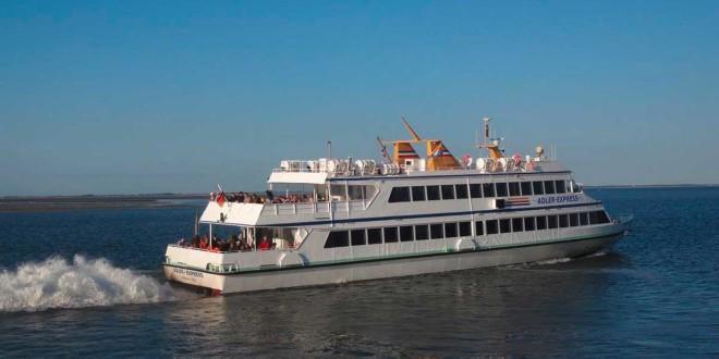 """Leinen los! – Immer Montags geht mit """"MS Adler-Express"""" von Amrum aus zur Hochseeinsel Helgeoland…"""