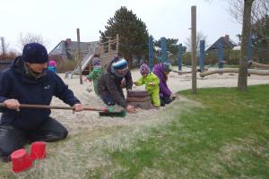 Große und kleine Gärtner packen an