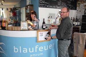 Bier für Amrum, von Amrum: Brauer Dirk Lutz mit Blaufeuer-Chefin Sybille Hasenclever
