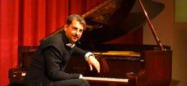"""""""Two Shades of Piano-Concert"""" – York Kronenberg und Showpianist Felix Reuter zeigten zwei völlig verschiedene Arten eines Klavierkonzerts…"""