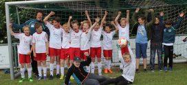 E-Junioren feiern den Meistertitel